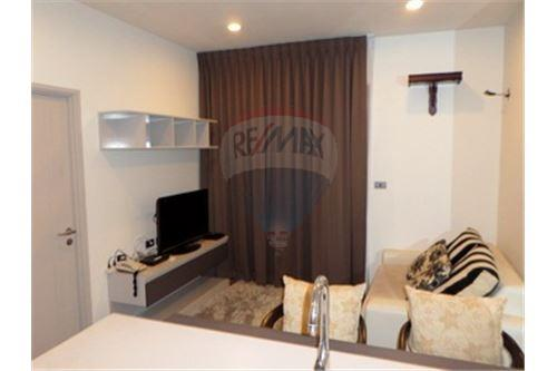 RE/MAX Properties Agency's FOR SALE  WYNE SUKHUMVIT    1BED 41.58SQM 1