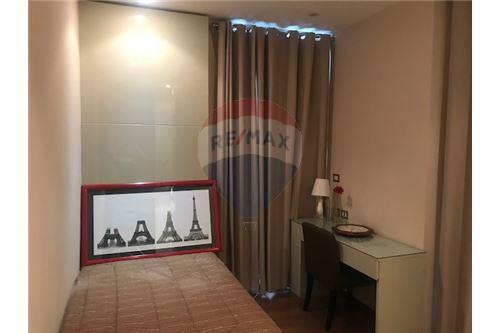 RE/MAX Properties Agency's RENT The Address Sukhumvit 28 2BED 70SQM. 3