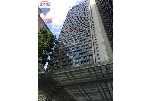 RE/MAX Properties Agency's FOR SALE Noble Ploenchit 1BED 51.74 SQM. 2