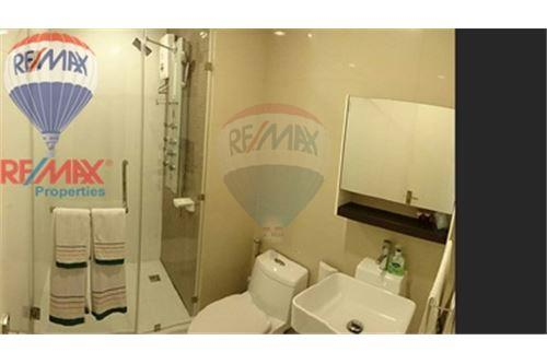 RE/MAX Properties Agency's FOR SALE The Bloom Sukhumvit 71 2BED 88SQM 17
