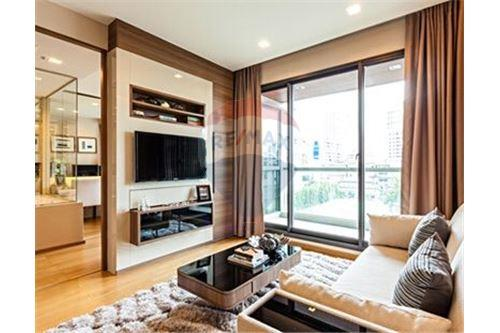 RE/MAX Executive Homes Agency's Beautiful 1 Bedroom for Rent Address Sathorn 1