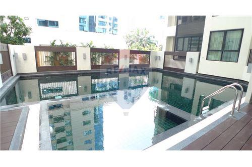 RE/MAX Properties Agency's RENT 59 HERITAGE CONDOMINIUM 2 BEDS 66.12 SQM 15