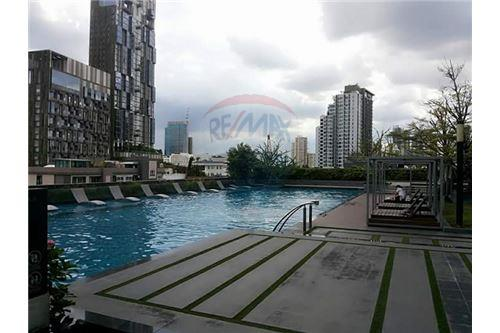 RE/MAX Executive Homes Agency's Spacious 1 Bedroom for Rent Siri @ Sukhumvit 12