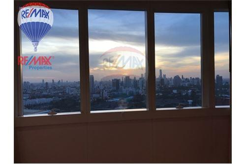 RE/MAX Properties Agency's RENT Millennium Residence 2+1BED 128SQM. 4