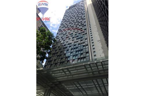RE/MAX Properties Agency's FOR SALE Noble Ploenchit 1BED 44.56 SQM. 4