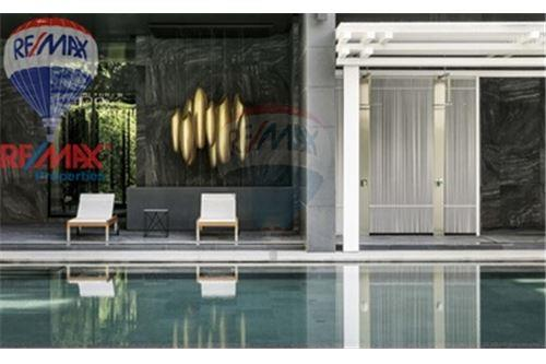 RE/MAX Properties Agency's FOR SALE Noble Ploenchit 1BED 58.2 SQM. 6