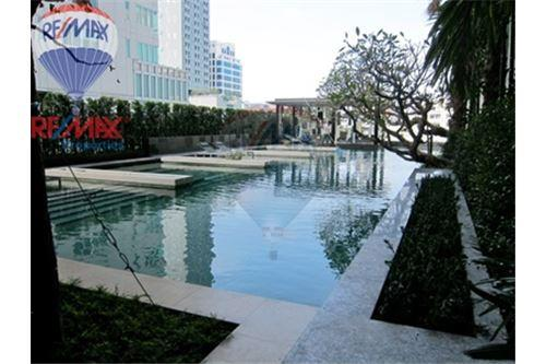 RE/MAX Properties Agency's FOR SALE & RENT Quattro by Sansiri 2BED 92 SQM. 1