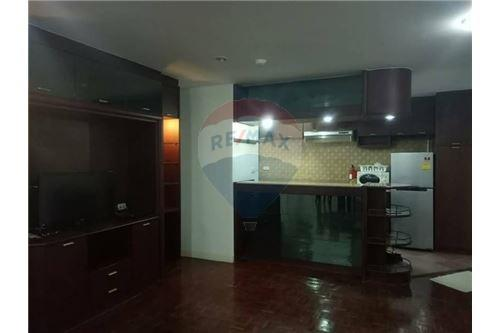 RE/MAX Properties Agency's for rent 2bedroom Tai Ping Towers 6