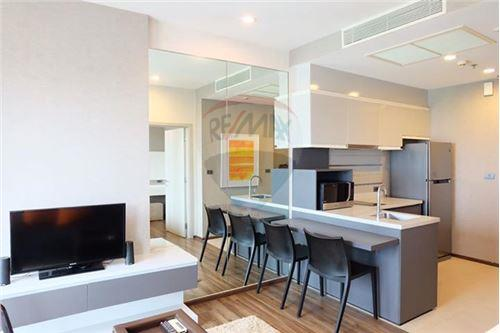 RE/MAX Properties Agency's 1 Bed for sale at Wyne Sukhumvit 1
