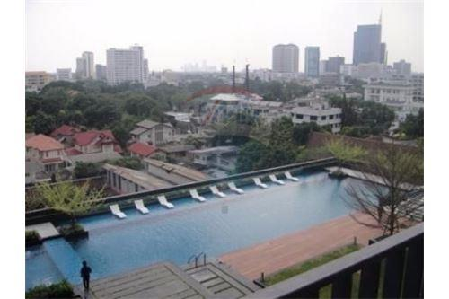 RE/MAX Executive Homes Agency's Nice 2 Bedroom for Rent Siri Sukhumvit 6