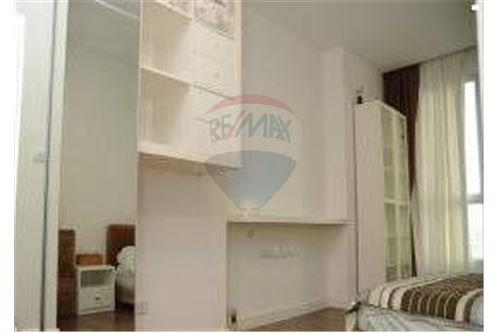 RE/MAX Executive Homes Agency's Nice 1 Bedroom for Sale The Room Sathorn Taksin 4