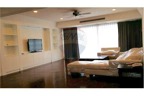 RE/MAX Properties Agency's FOR RENT    PREM  MANSION  3BED 300SQM 1