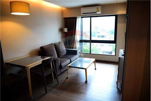 RE/MAX Executive Homes Agency's Spacious 1 Bedroom for Rent Tidy Thonglor 1