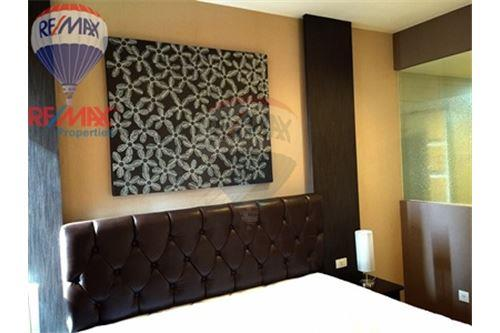 RE/MAX Properties Agency's FOR RENT Siri at Sukhumvit 1BED 52SQM. 3