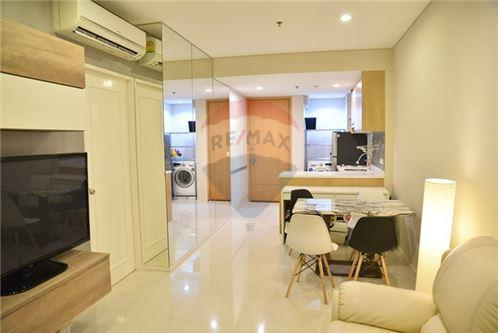 RE/MAX Executive Homes Agency's Nice 1 Bedroom for Rent Villa Asoke 3