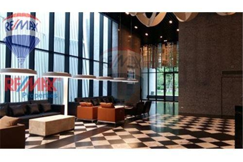 RE/MAX Properties Agency's FOR SALE Noble Ploenchit 2BED 94.62 SQM. 2