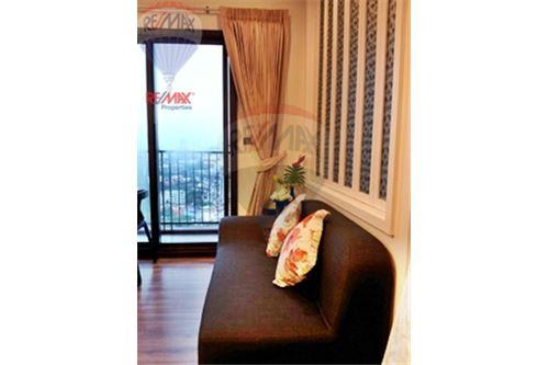 RE/MAX Properties Agency's FOR RENT  WYNE SUKHUMVIT    1BED 30SQM 8