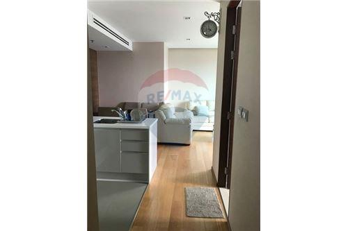 RE/MAX Executive Homes Agency's Q Asoke for Sale/Rent - 50m to MRT Petchaburi 5