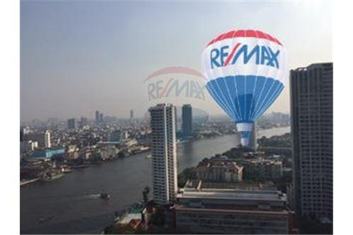 RE/MAX Properties Agency's FOR SALE  THE RIVER    2 BED 78SQM 17