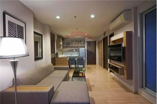 RE/MAX Executive Homes Agency's Rhythm Sathorn for rent 7