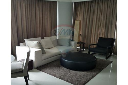RE/MAX Executive Homes Agency's Lovely 1 Bedroom for Rent Baan Rajprasong 1