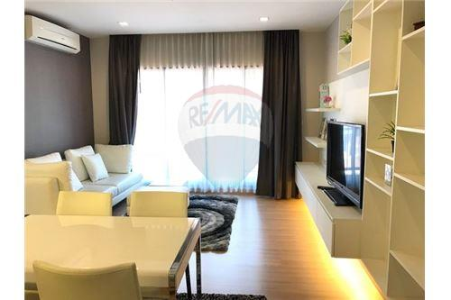 RE/MAX Executive Homes Agency's Beautiful 2 Bedroom for Sale Urbano Absolute 1