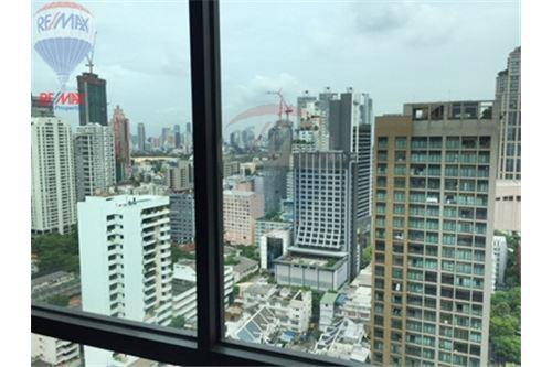 RE/MAX Properties Agency's FOR SALE  THE ADDRESS SUKHUMVIT 28  2BED 70SQM 7