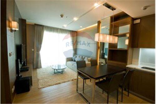 RE/MAX Executive Homes Agency's Lovely 2 Bedroom for Rent Siri @ Sukhumvit 2