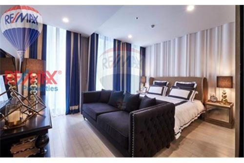 RE/MAX Properties Agency's FOR SALE Noble Ploenchit 2BED 94.62 SQM. 1