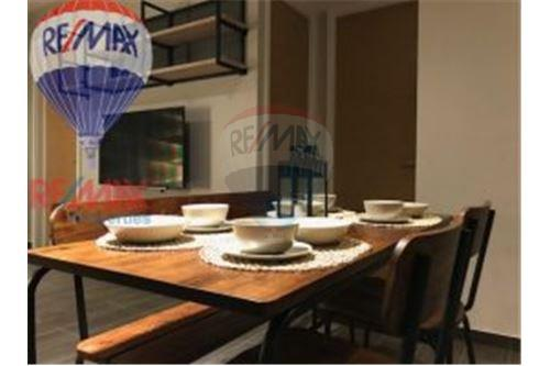 RE/MAX Properties Agency's Waterford Diamond Tower, Condos for  rent 12