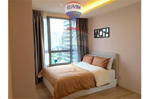 RE/MAX Properties Agency's FOR SALE  H SUKHUMVIT 43  1BED 47.25SQM 6