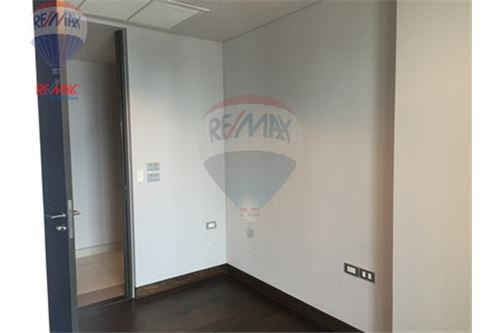 RE/MAX Properties Agency's FOR SALE  THE LUMPINI 24   1BED 26.4SQM 3
