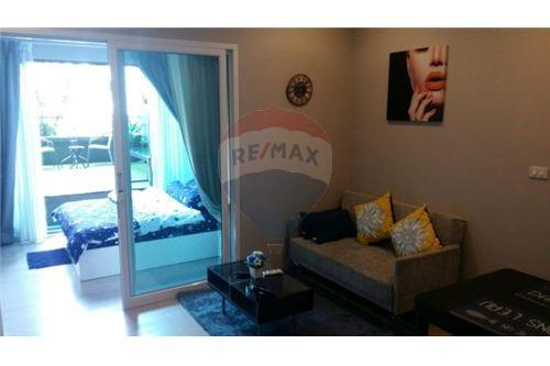 RE/MAX Executive Homes Agency's Nice 1 Bedroom for Rent Noble Solo 1