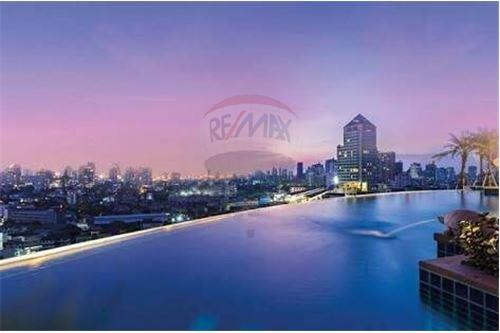 RE/MAX Properties Agency's RENT Skywalk condo 1BED 53SQM. 4