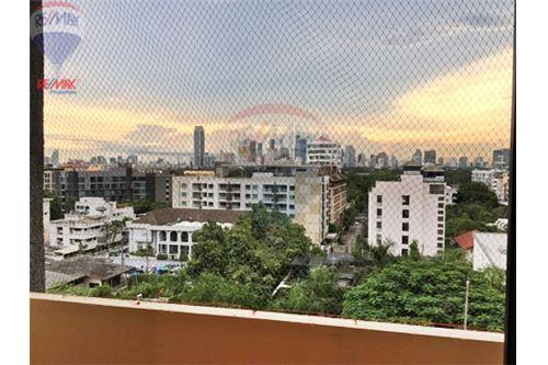 RE/MAX Properties Agency's FOR RENT  LA MAISON SUKHUMVIT 22  2BED 125SQM 1