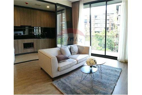 RE/MAX Executive Homes Agency's Cozy 2 Bedroom For Rent at  Mori Haus 1