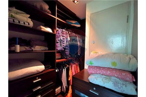 RE/MAX Properties Agency's For Sale Wilshire Condominium 2 Bedroom 13