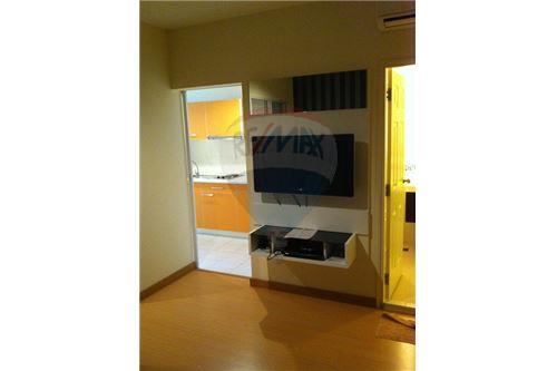 RE/MAX Executive Homes Agency's 1 Bedroom for Rent at life @ Sukhumvit 65 11