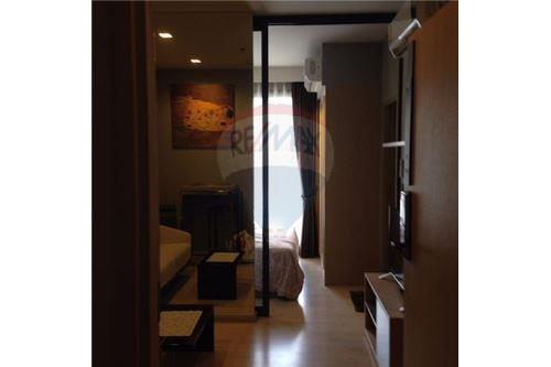RE/MAX Executive Homes Agency's Nice 1 Bedroom for Rent M Thonglor 1