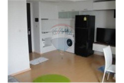 RE/MAX Executive Homes Agency's Nice 1 Bedroom for Rent The Alcove Thonglor 3
