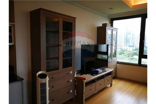 RE/MAX Executive Homes Agency's Nice 3 Bedroom for Rent Prive by Sansiri 1