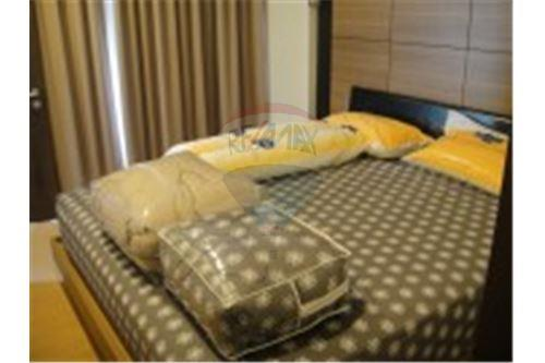 RE/MAX Executive Homes Agency's Nice 1 Bedroom for Rent The Alcove Thonglor 2