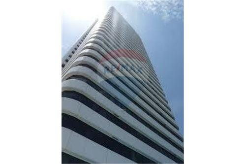 RE/MAX Properties Agency's RENT Ocean Tower 2 35.5SQM. (OFFICE SPACES) 4