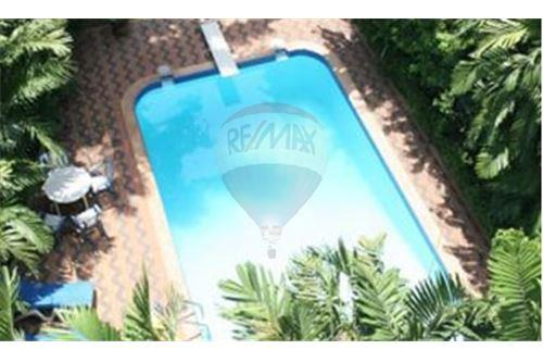 RE/MAX Executive Homes Agency's Apartment for Rent / in Sukhumvit area 17