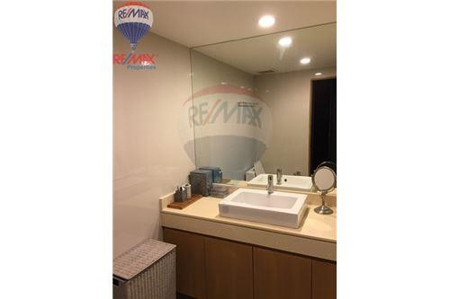 RE/MAX Properties Agency's FOR SALE & RENT The Rajdamri 2BED 119SQM. 11