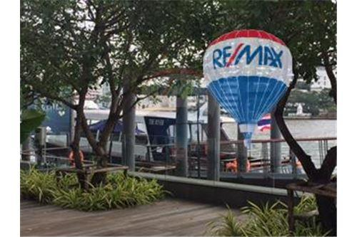 RE/MAX Properties Agency's FOR SALE  THE RIVER    2 BED 78SQM 43
