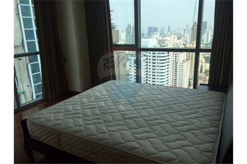 RE/MAX Properties Agency's FOR SALE  THE MADISON SUKHUMVIT 41   4BED 290SQM 13