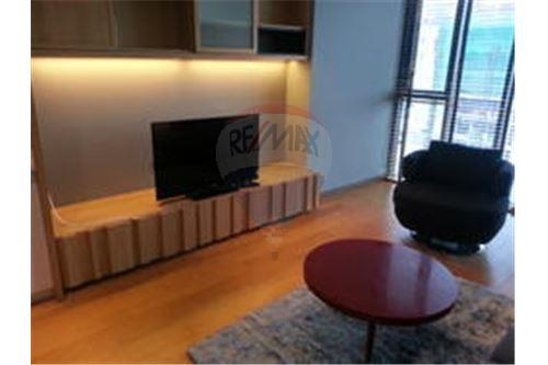 RE/MAX Properties Agency's FOR RENT  THE ALCOVE THONGLOR 10  2BED 124SQM 4