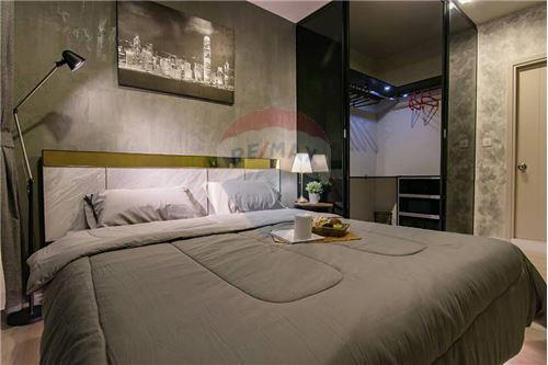 RE/MAX Executive Homes Agency's Life Sukhumvit 48 brand new condos for sale/rent 2