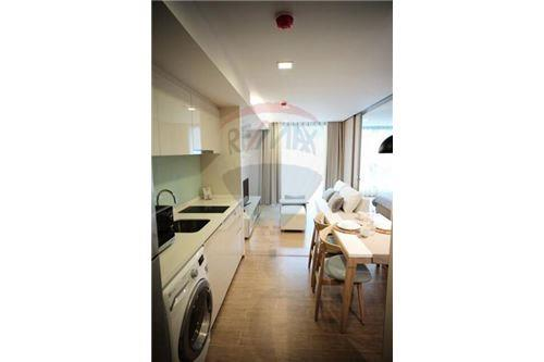 RE/MAX Properties Agency's 1 Bed for rent at Liv@49 7